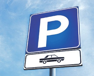 Das Ordnungsamt weist zusätzliche Parkplätze aus Bild: KYNA STUDIO/ stock.adobe.com