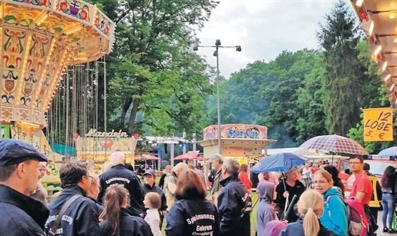 Herzlich willkommen zum Schlossparkfest Gehren.Fotos: Bluhm