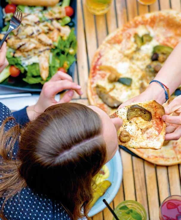 Teilen? Kann man zumindest mal probierenSharing hat auch die Gastronomie erreicht, Social-Dining- Plattformen wie Eatwith und Chef One sind das Airbnb des Speisens