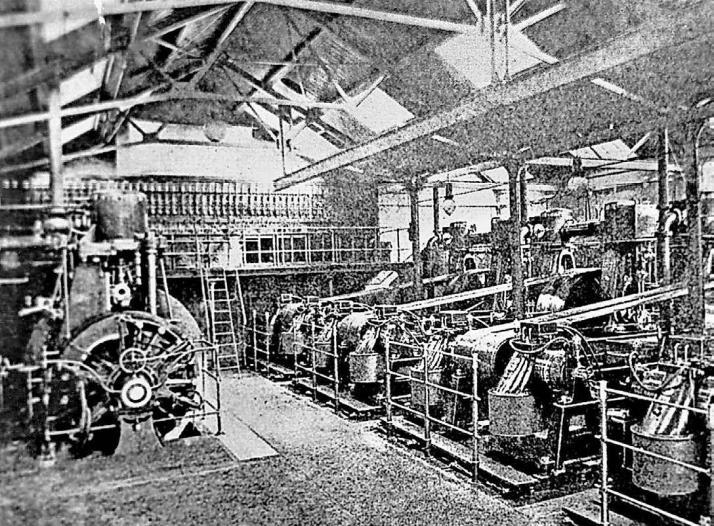 Die Dampfturbinen im neuen Elektrizitätswerk am Hofkamp sorgten ab 1887 für eine elektrische Beleuchtung im Umkreis von rund einem Kilometer.Foto: WSW