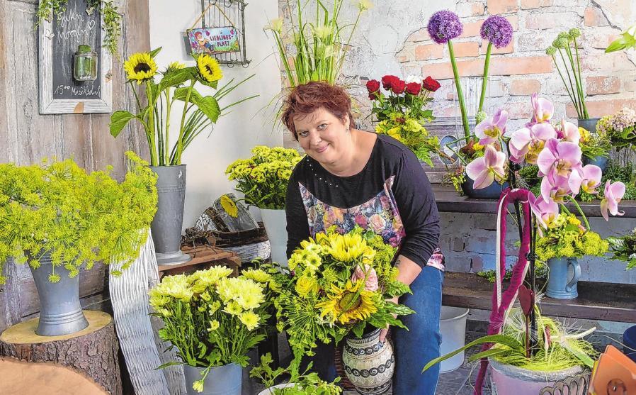 """""""Friedas Welt - Blumen aus Leidenschaft"""", so nennt Inhaberin Mandy Sefzyk ihren am 8. Mai dieses Jahres neu eröffneten Blumenladen in der Goethestraße 23."""