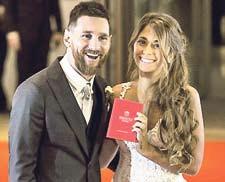 Barcelonas Superstar Lionel Messi gab seiner Jugendliebe Antonella Roccuzzo das Jawort.