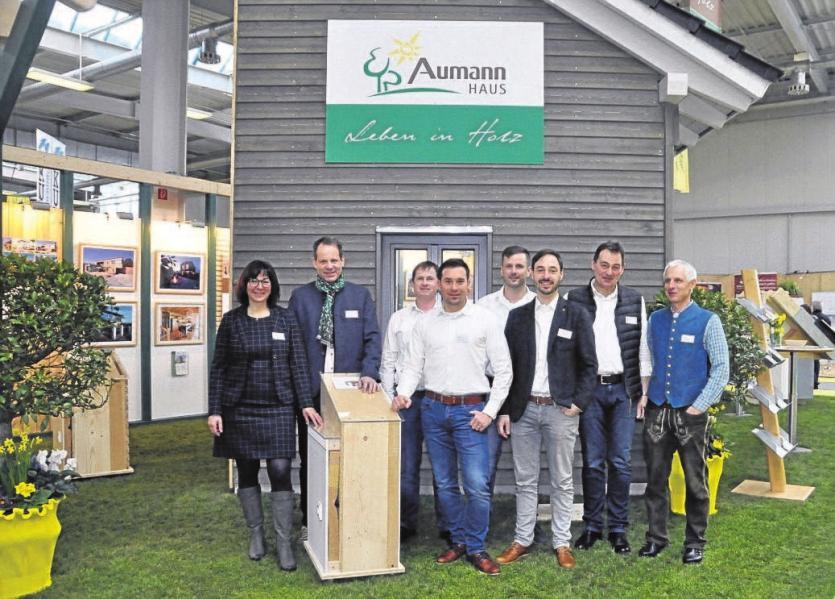Hier finden Sie eine Auswahl an Experten, die sich bei der Immobilienmesse und der Bau im Lot präsentierten Teil 2: Image 12