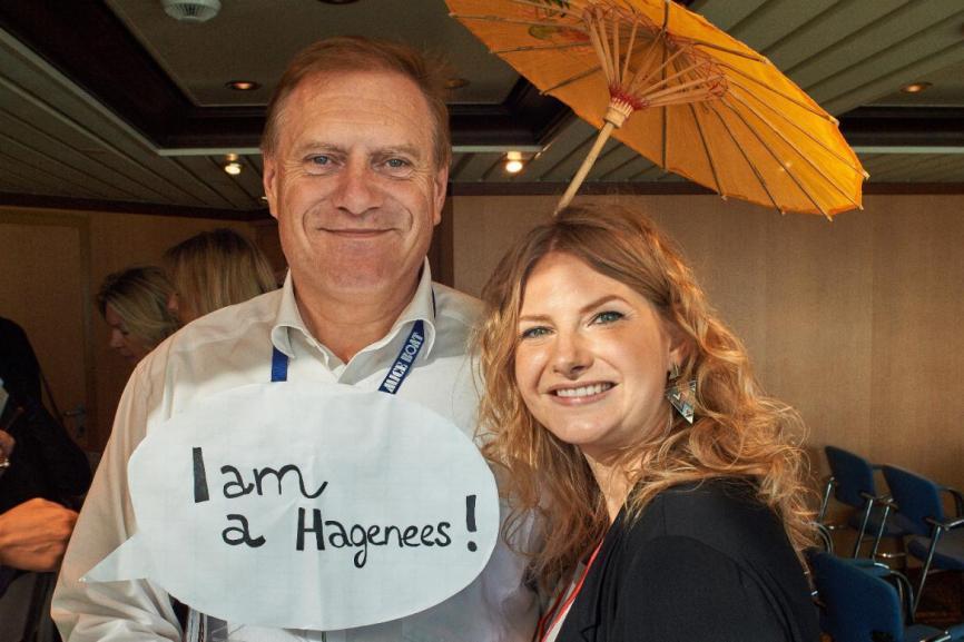 Gerd Merke ist zum zweiten Mal an Bord des MICE Boats und hier im Bild mit Nina Grieb, The Hague Convention Bureau.FOTO: MICE BOAT