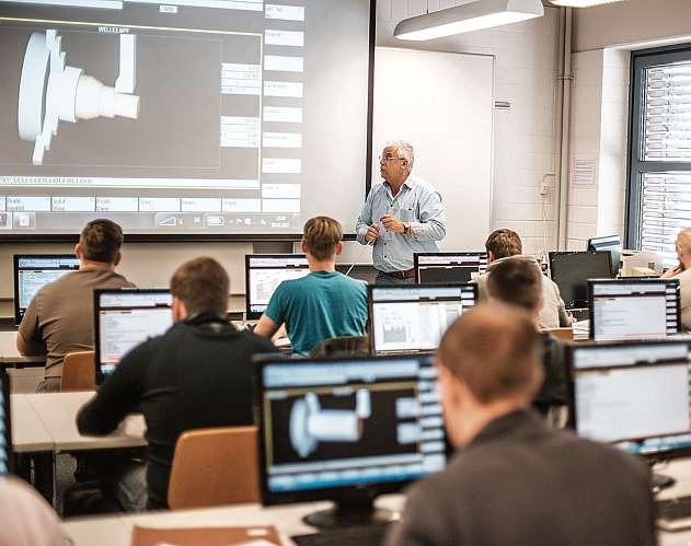 Mittels Präsenzunterricht, optimierter Theorie-Praxis-Verzahnung und individueller Betreuung zum Abschluss: Technische Akademie Nord. FOTO: TECHNISCHE AKADEMIE NORD