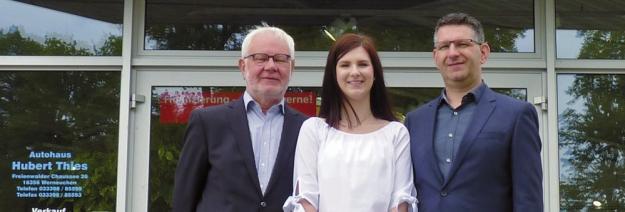 Gründer Hubert Thies mit Enkelin Nele und Sohn Remo Thies