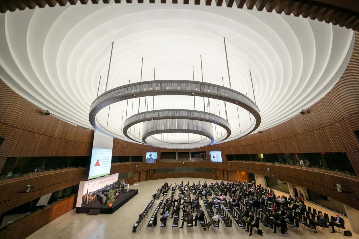 Tagen im Parlament des Rats der EU Image 4