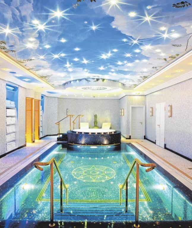 Der luxuriös ausgestattete Wellness-Bereich des Hotels Ritz-Carlton PA/FOTOREPORT RITZ CARLTON