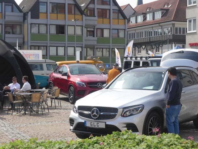 """Einkaufsspaß und """"Faszination Auto"""" lassen sich am kommenden Wochenende ideal verbinden. Zu sehen gibt es überall etwas. Fotos: b+e medien"""
