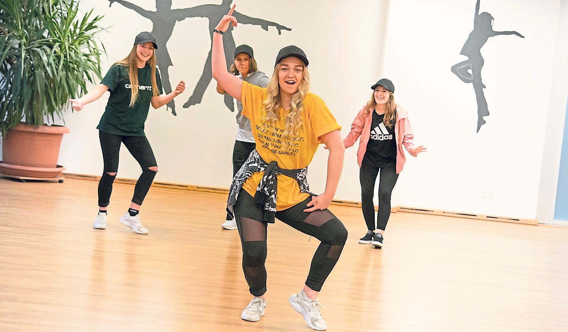 Unterhaltsame Auftritte – unter anderem von Hip-Hop-Gruppen – gibt es am kommenden Wochenende beim Tag der offenen Tür des Eichstätter Tanzsportclubs zu sehen. Außerdem können Besucher selbst testen, ob sie Spaß an einem der Angebote haben. Foto: ETC