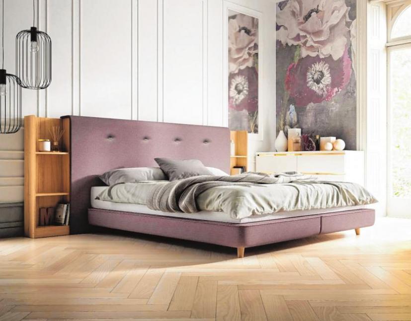 Stilbrüche vervollständigen das Moderne am Landhausstil: Die Wohnexperten setzen aktuell auf einen Materialmix.