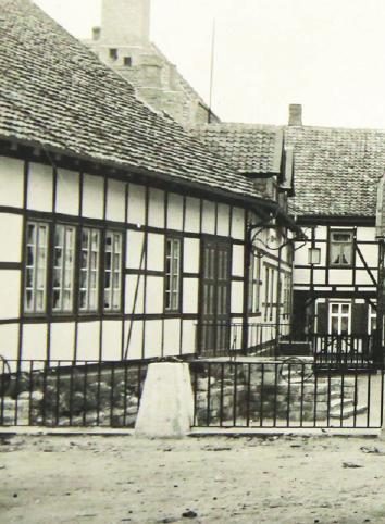 Blick in den Hof des Hoffmannhauses nach dem Umbau 1936.