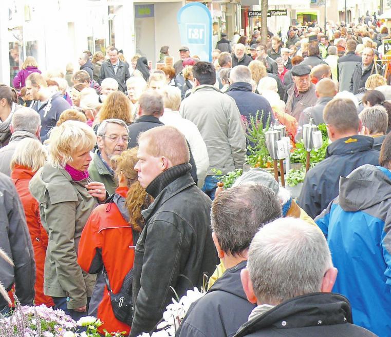 Der Römermarkt war schon immer ein Besuchermagnet – wie diese Aufnahme aus 2012 beweist. Foto: Wilhelm Schmitte