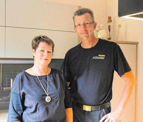 Ein starkes Team - das Ehepaar Damm bieten Beratung, Verkauf und Montage an. Foto (3): Jana Posna