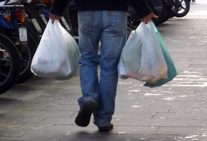 Schonfrist für Plastiktüten