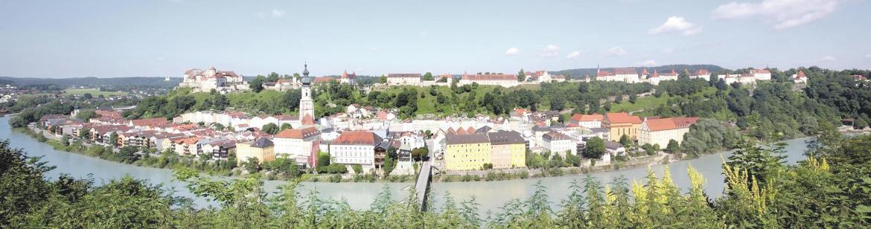 Urlaub dahoam: Kultur- und Freizeitparadies rund um die weltlängste Burg