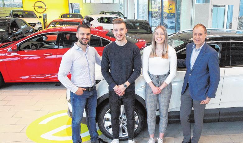 Autohaus Rudhart mit Opel und Volvo