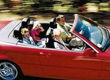 Sonnengruß pur: Entspannt im Cabrio cruisen