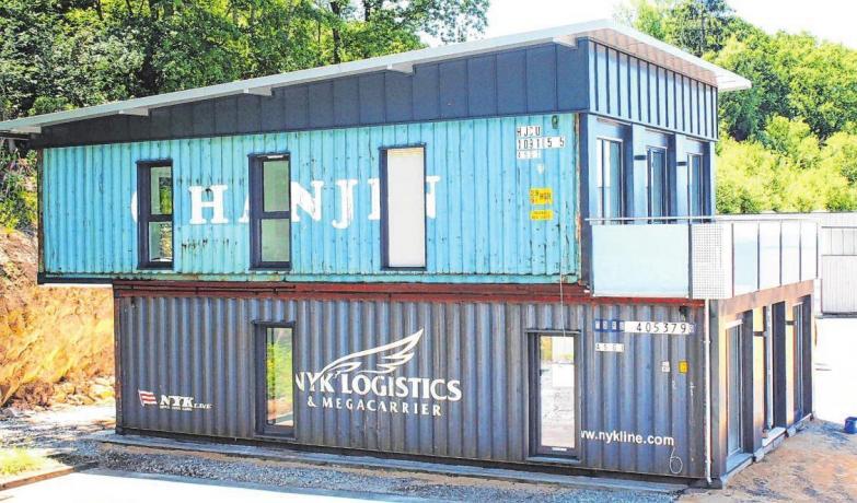 Ein Büro aus Übersee-Containern