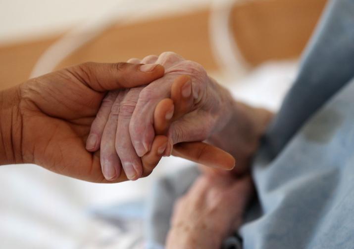 Hilfe bei Pflegebedürftigkeit
