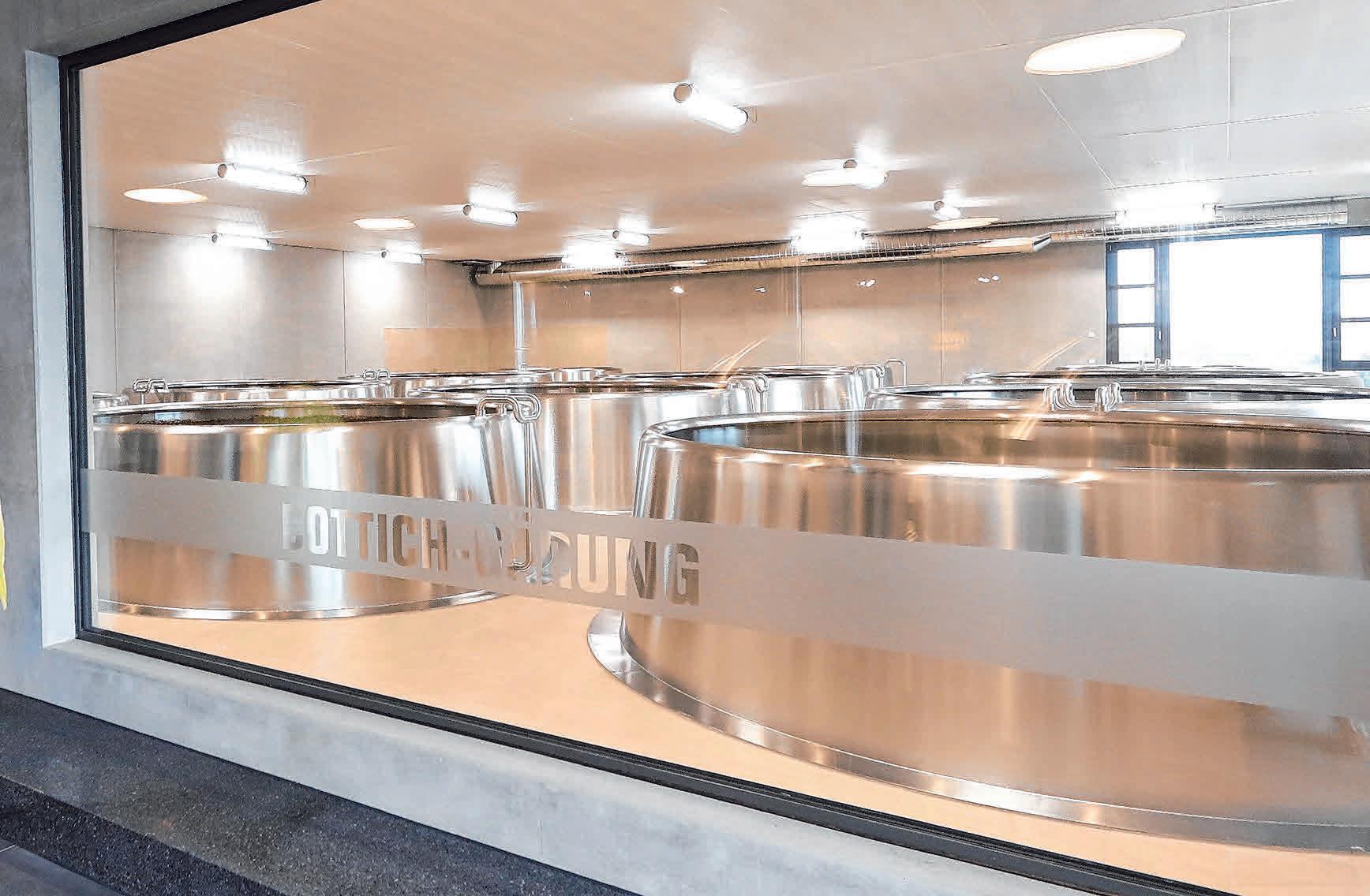 Die neue Bottich-Gärung in der Berg Brauerei kann am Ulrichsfest besichtigt werden. FOTO: OH