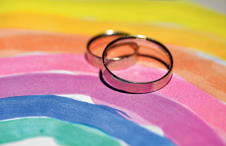 Das Symbol der Ehe sind immer noch die Ringe. FOTO: RALF HIRSCHBERGER