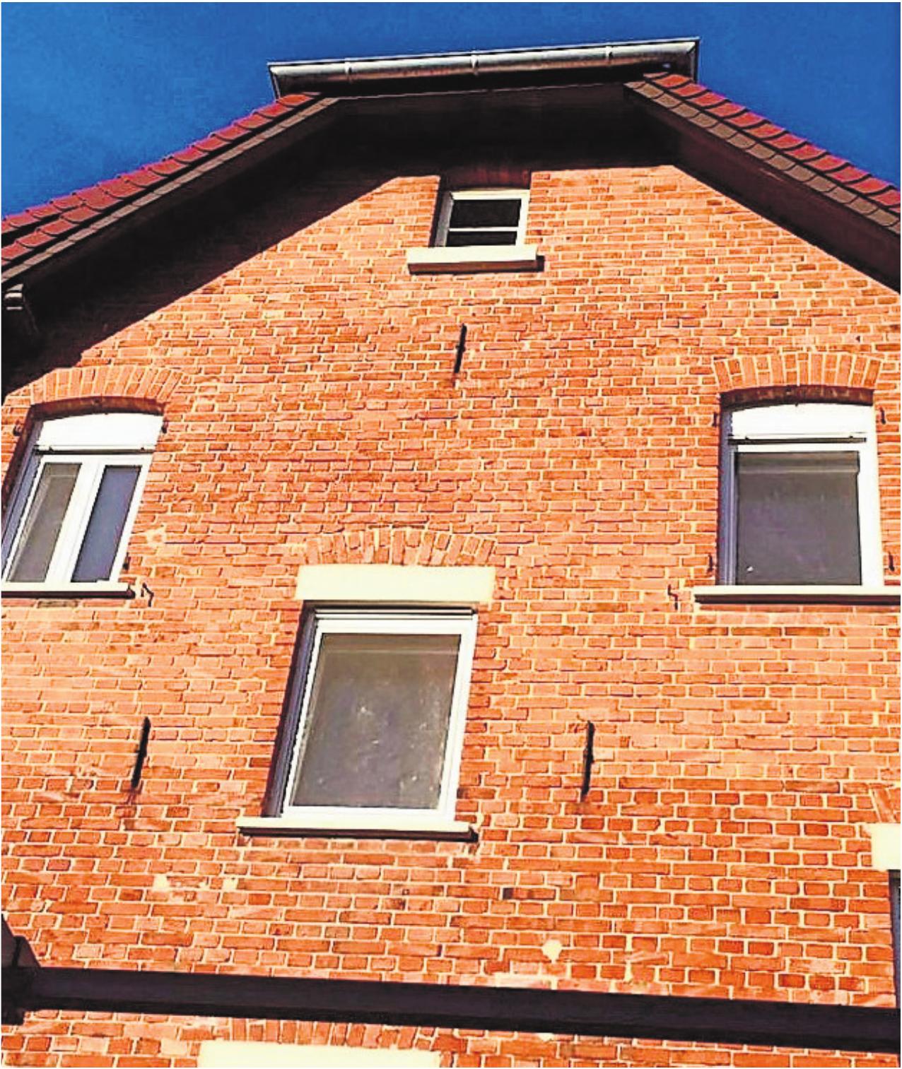 Reparaturen aller Art im und rund ums Haus gehören zum Leistungsspektrum von Maurermeister Dietmar Krauß. Foto: z
