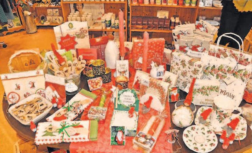 Die Auswahl an vorweihnachtlichen schönen Dingen zum Schenken und Verschenken ist groß.