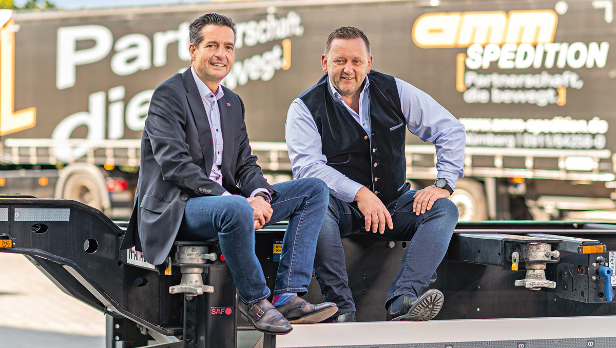 A partnership that also gets things moving at the top. Company owner Ralf Amm (left) took transport entrepreneur Alexander Richter on board as co-managing director seven years ago. Since then, the Amm Group has gone from strength to strength, even during difficult times.