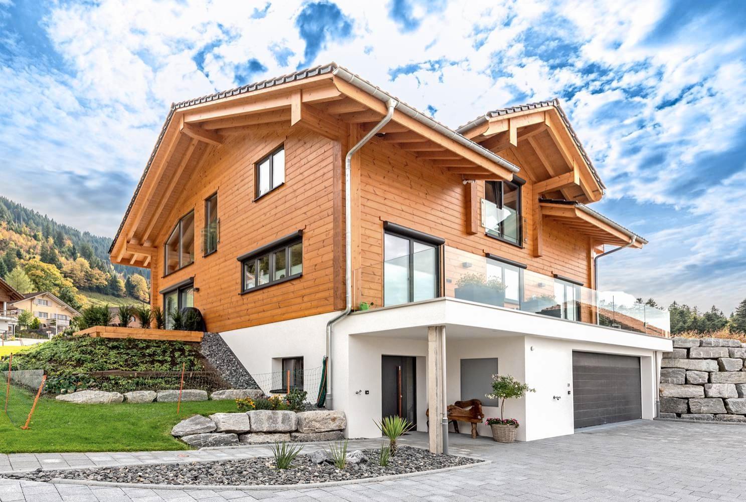 Moderne Blockhäuser von Fullwood haben ein schickes Design. Foto: Fullwood