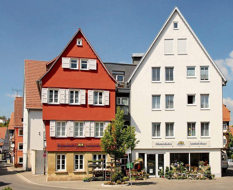 Der Seniorenresidenz am Ehinger Platz (Bild unten). Bilder: RennerGmbH