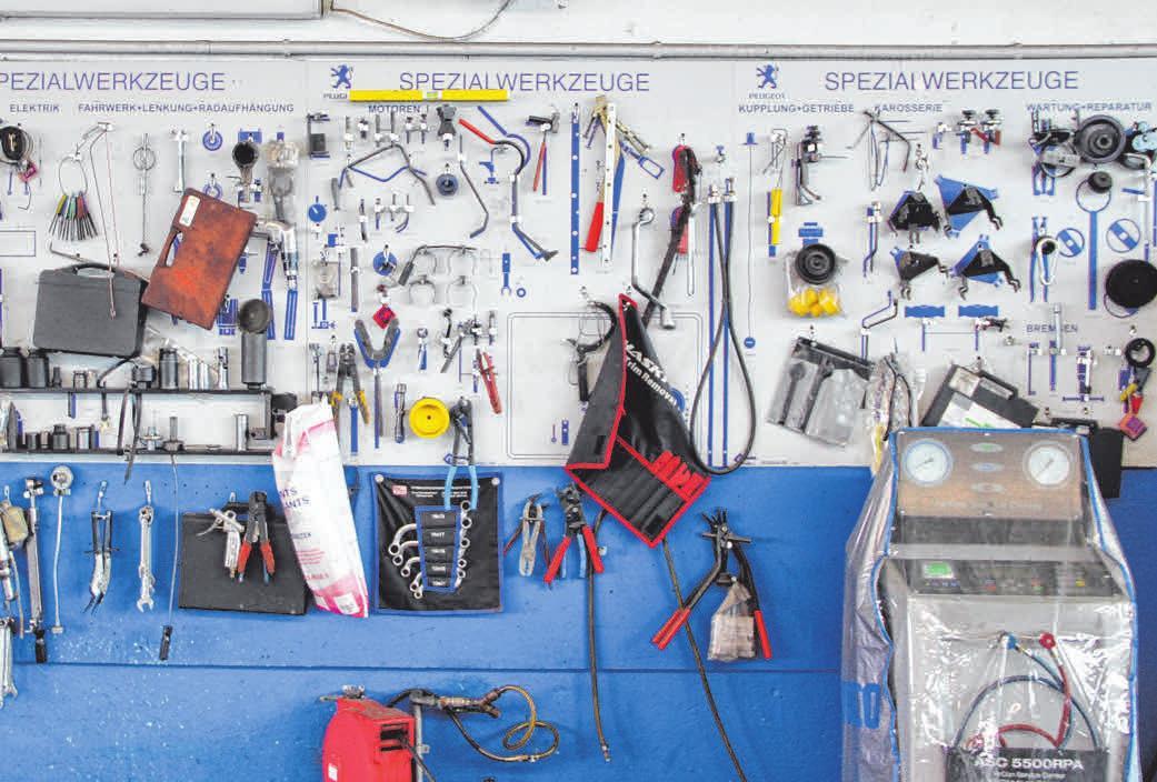 Vielfältige Spezialwerkzeuge. FOTO: HJS