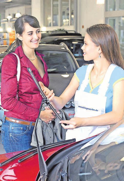 Ein regelmäßiger Check der Scheibenwischer bringt mehr Sicherheit.Foto: GLOBUSpress
