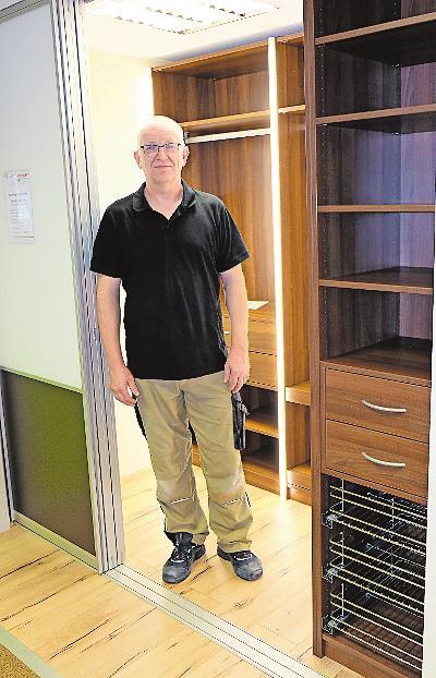 Ein Traum: Möbel Bischoff fertigt begehbare Kleiderschränke. ARCHIVFOTO: TKN