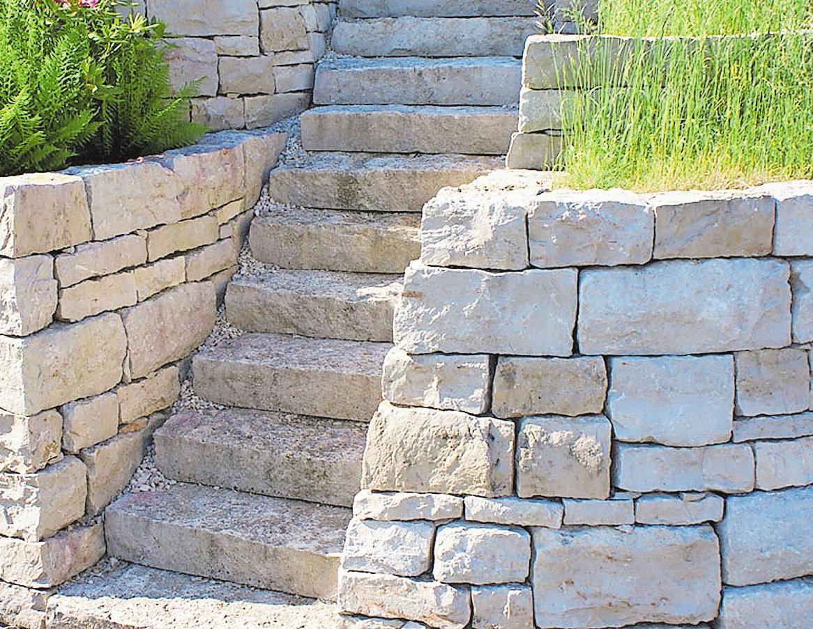 Der helle und freundliche Jurakalk wird gerne für die Gestaltung von Mauerwerk benutzt. Bild: zvg