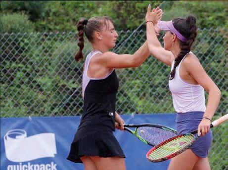 Eva Lys (Club a.d Alster), Nr. 287 der ITF Weltrangliste, gewann mit ihrer Partnerin Mara Guth den U18 ITF Titel im württembergischen Rutesheim. Foto HTV