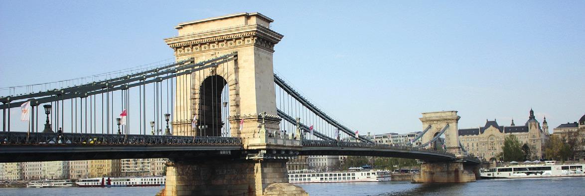 Die berühmte Kettenbrücke.