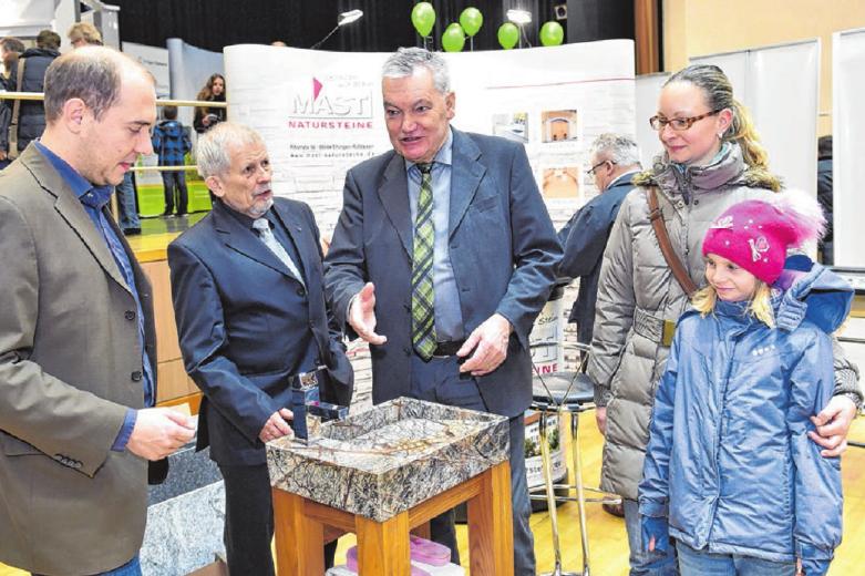 Der Steinmetzbetrieb Mast aus Rißtissen präsentiert Innovationen und Trends rund um Natursteine.