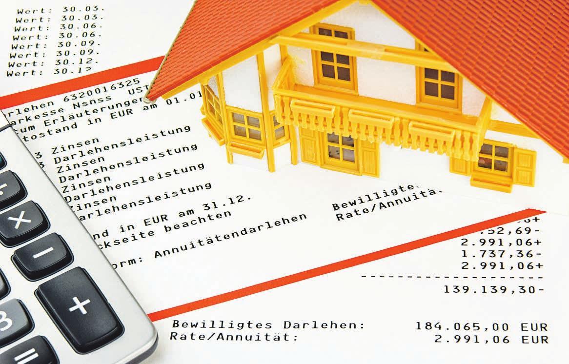 Die derzeit historisch niedrigen Kreditzinsen beim Annuitätendarlehen bringen die Gefahr einer steigenden Belastung nach Ablauf der Sollzinsbindung mit sich Foto: fotolia/Harald Richter