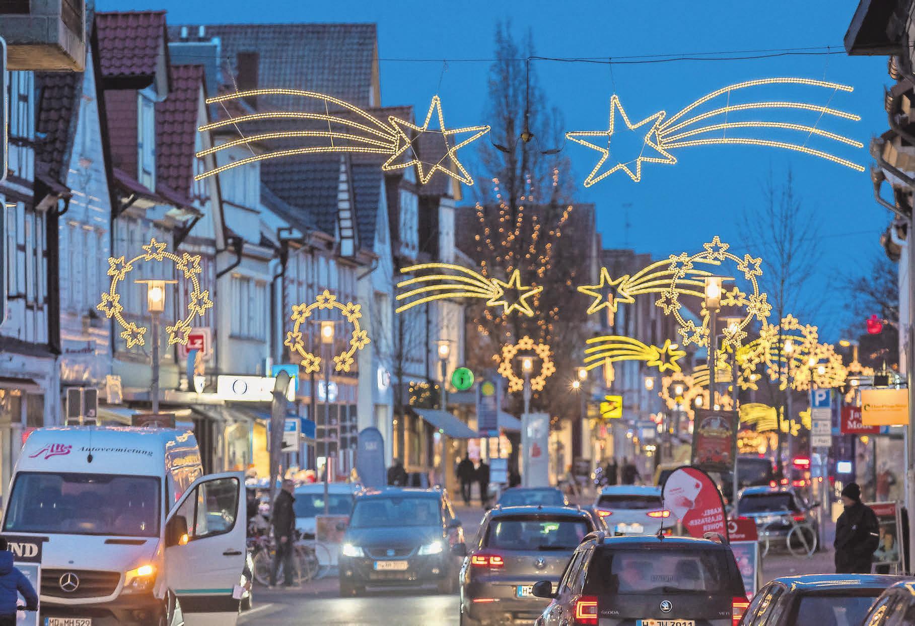 Beim Late Night Shopping am 29. November sorgen die Burgdorfer Lichtwochen für festlichen Lichterglanz.