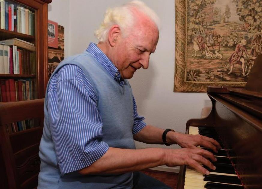 Einfeldt sitzt nur noch selten am Klavier, aber der Fluss der musikalischen Ideen reißt nicht ab. Fotos Stefan Specht