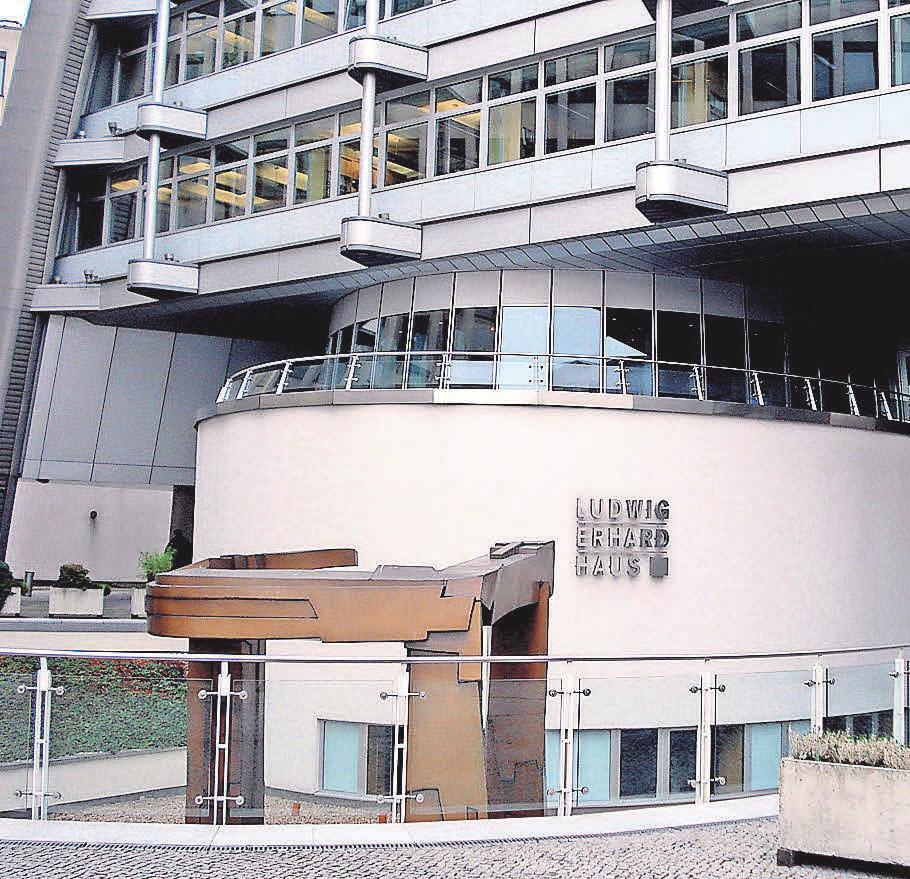 Das Haus der Wertpapiere: Die Börse Berlin. Foto: Busche