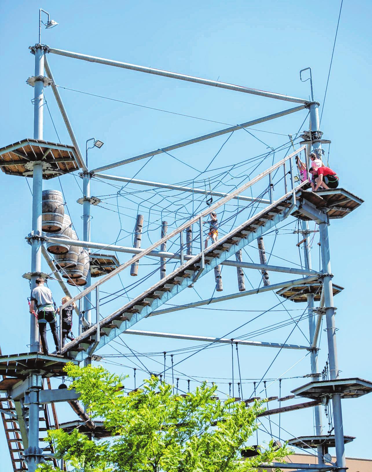 15 Meter ragt der Hochseilgarten in die Höhe. Bild: Thomas Neu