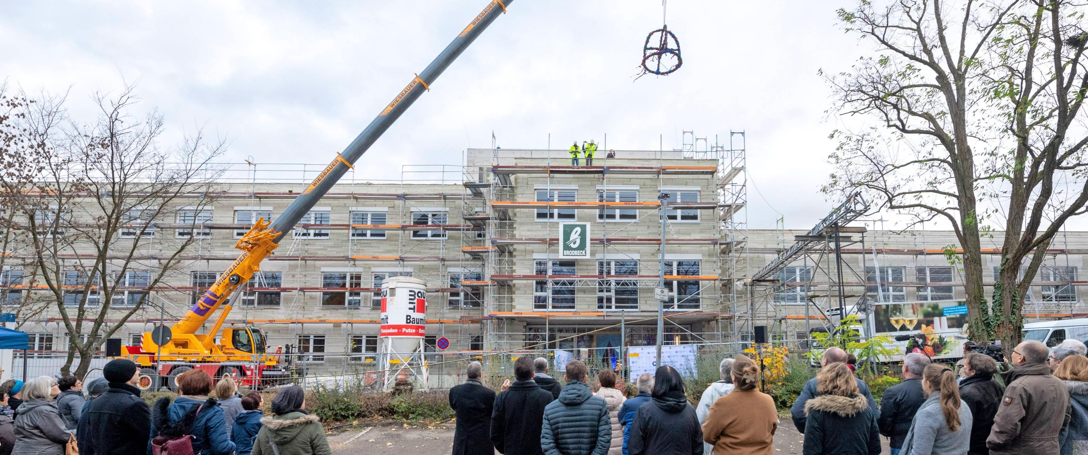 Im November 2019 wurde das Richtfest am Neubau des Gesundheitszentrums gefeiert. Foto: Archiv/Berger
