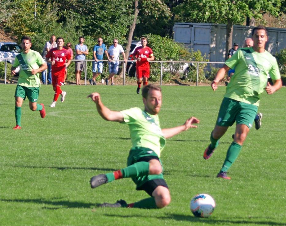 Auch wenn die SGM Krumme Ebene am Neckar in zwei Spielen ganz frühe Tore kassierte, stellt sie aktuell die zweitbeste Defensivabteilung der Liga. Foto: Martin Oheim