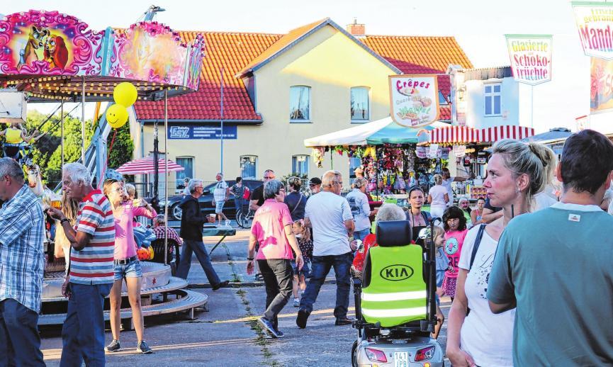 Fahrgeschäfte für die Kleinen sorgen auch für Volksfeststimmung, hier im letzten Sommer