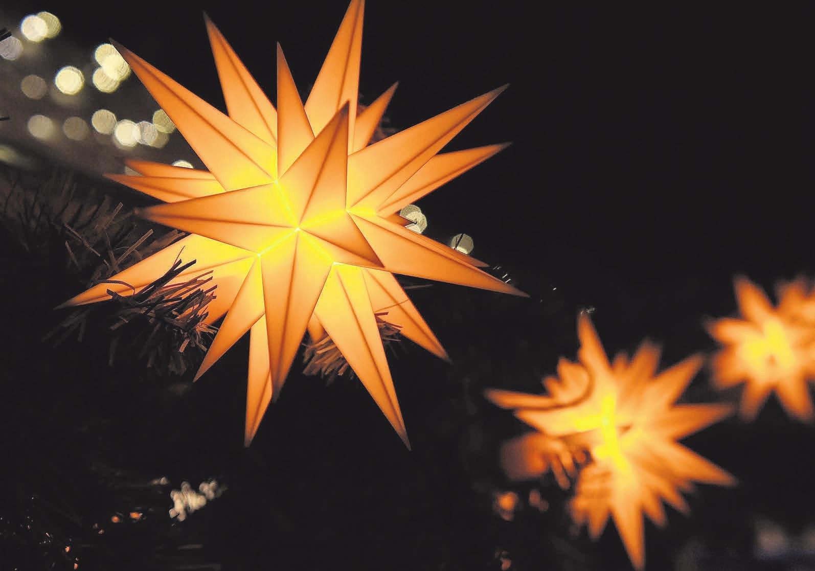 Funkelnde Sterne sorgen in Wunstorf für Atmosphäre.