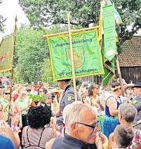 Beim bunten Umzug sind auch Vereine und Verbände aus dem Ort mit von der Partie.