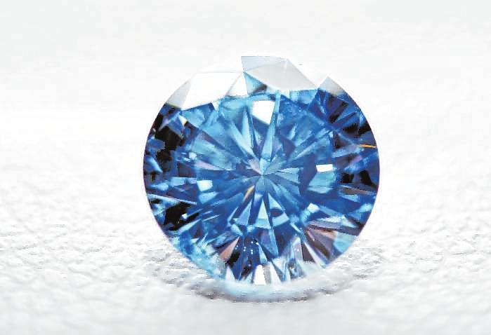 Ein Teil der Kremationsasche kann in einen synthetischen Diamanten umgewandelt werden.