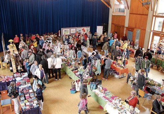 Ein besonderes Hihglight ist der Markt mit seinen regionalen Produkten in der Hohenzollernhalle.